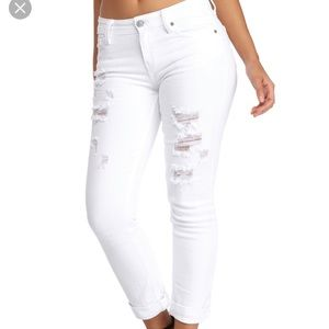 NWT Oasis by Eunina White Distressed Stretch Jean
